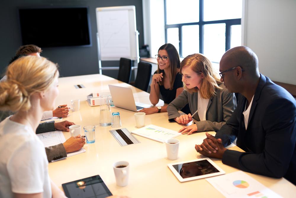 Conheça os 5 itens que não podem faltar na sua sala de reunião!